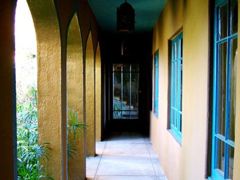 home exterior walkway los angeles ca
